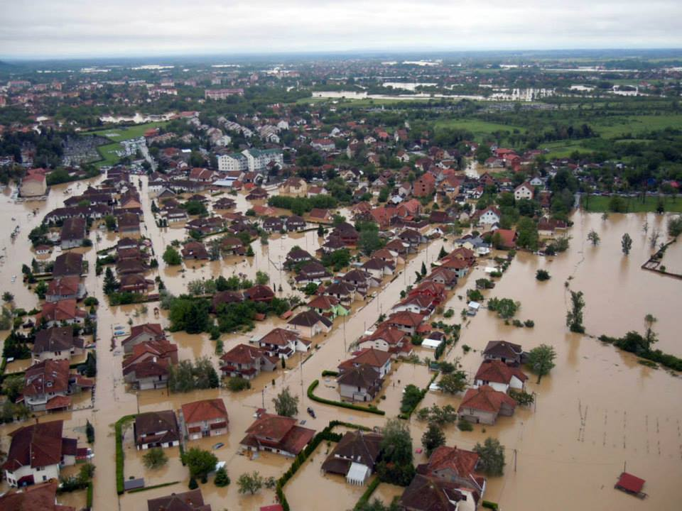2014-Serbia-floods-disaster-floods-in-serbia-2